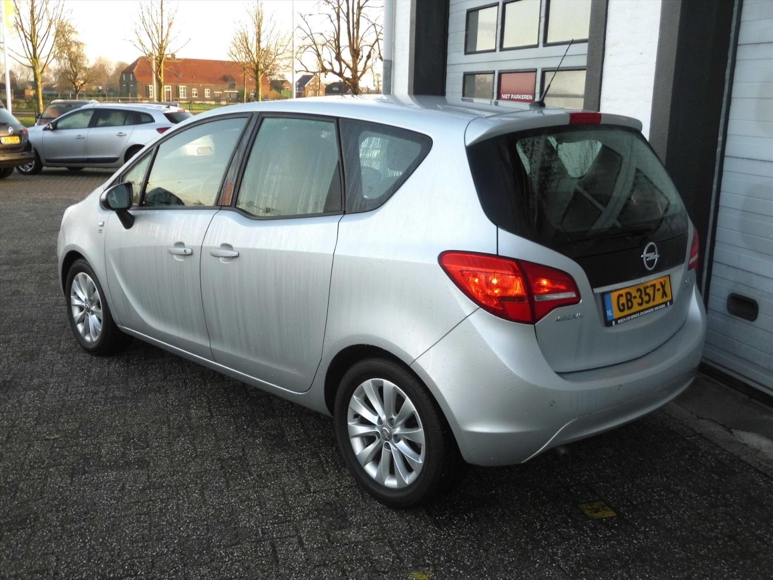 Opel-Meriva-3