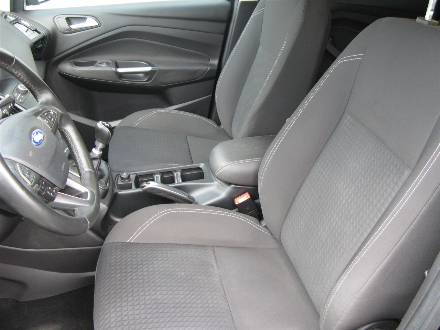 Ford-C-MAX-7