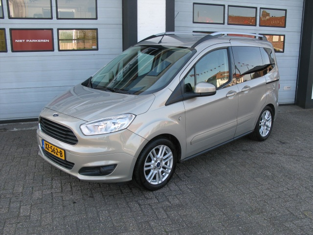 Ford-Tourneo
